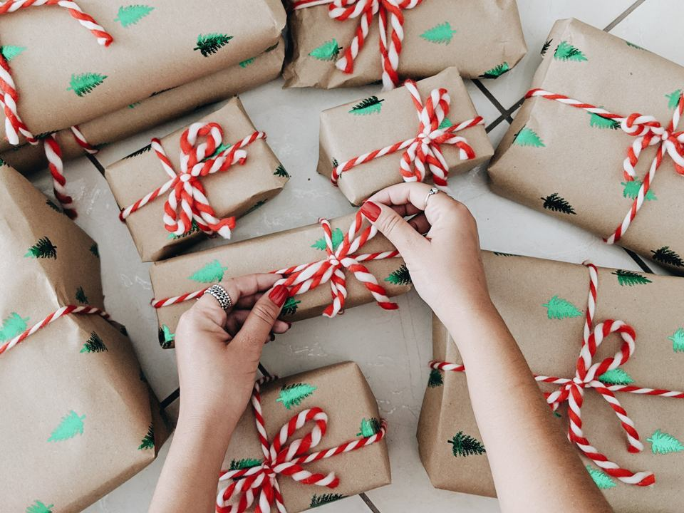 What to Do Instead of Buy Gifts This Holiday Season